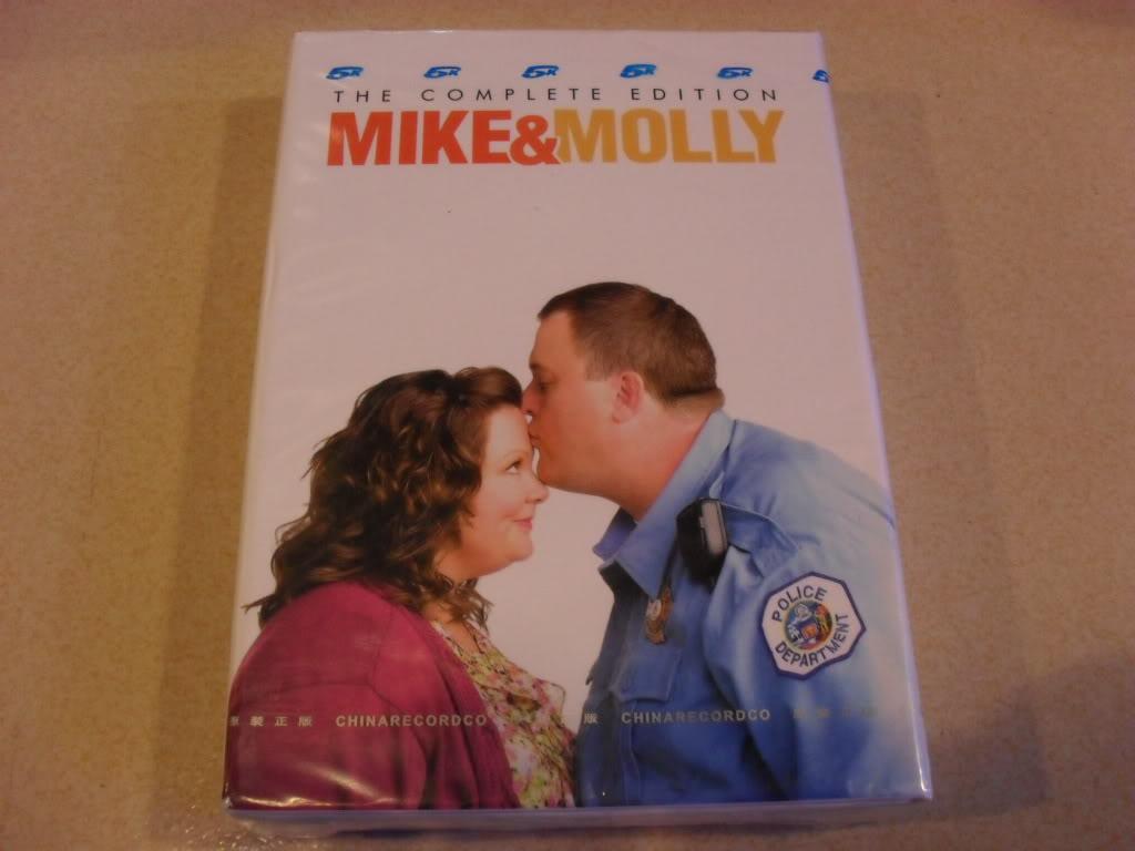 Mike & Molly seasons1(8DVD Sealed Boxset)