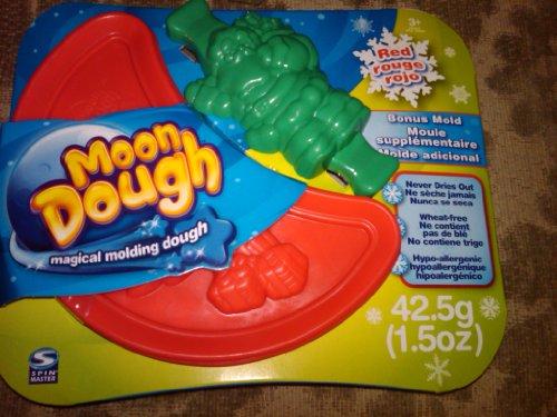 Spin Master Moon Dough Dark Red with Bonus Santa Mold