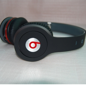 Monster Beats Solo With Control Talk High Performance Headphone