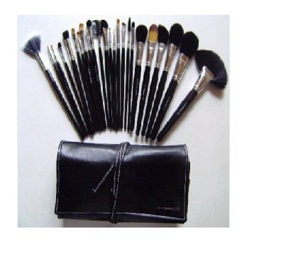 New 24pc MACs Makeup Brushes + Leather pouch