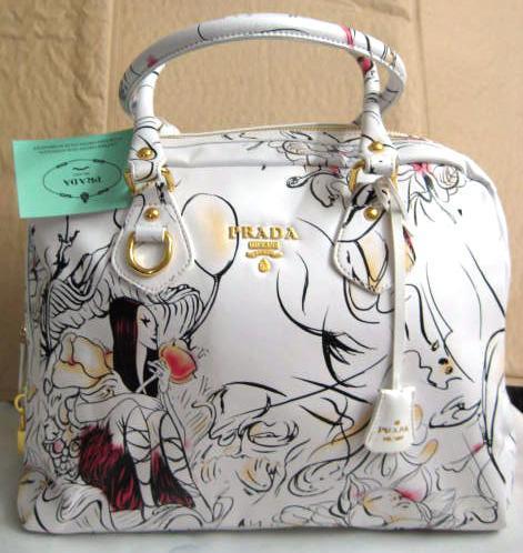 New Prada Fairies Fairy White Bowling Handbag Bag tote purse white