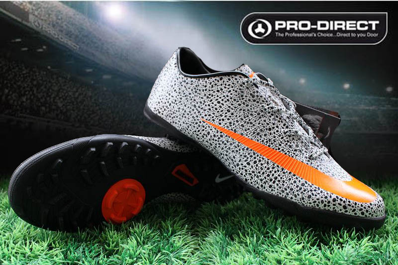 Mercurial Vapor Superfly II Safari CR7 Soccer shoe
