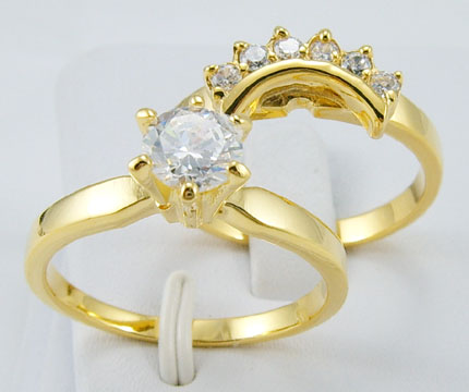 beautiful gemstones with 14 yellow gold Couples ring