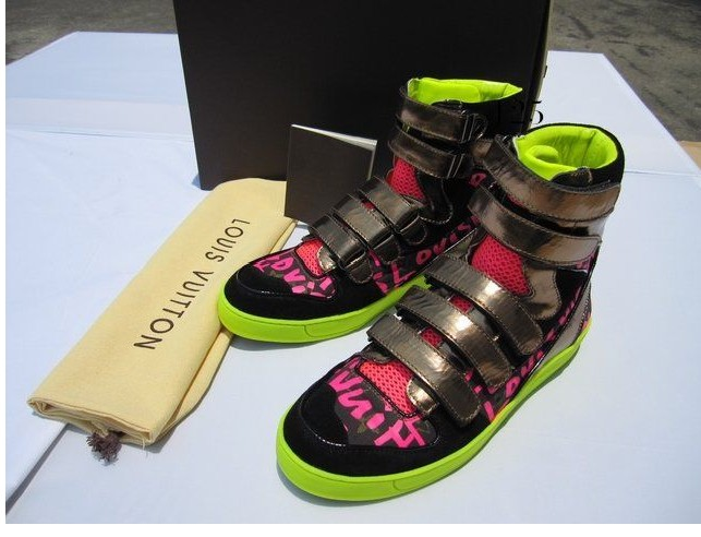 LOUIS VUITTON STEPHEN SPROUSE SNEAKERS 03