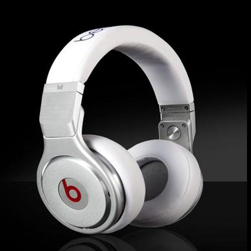 Monster Beats Pro by dr dre Headphones Performance 1