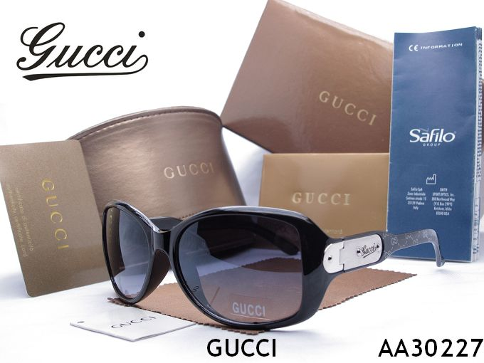 ? Gucci sunglass 351 women's men's sunglasses
