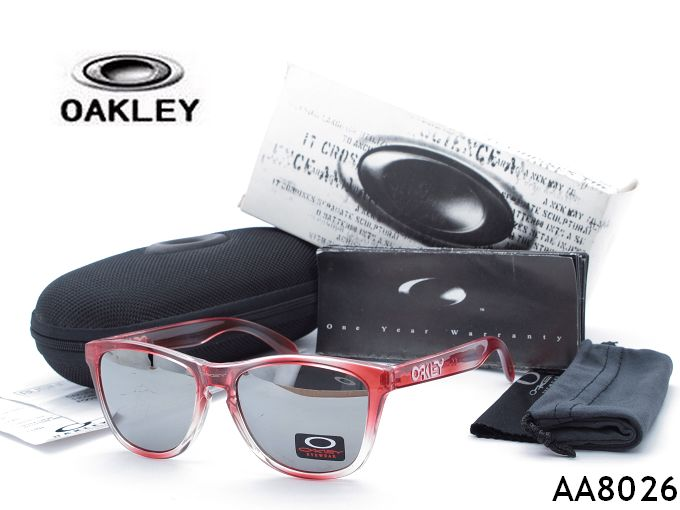 ? oakley sunglass   380 women's men's sunglasses
