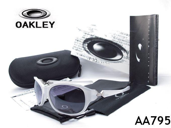 ? oakley sunglass   400 women's men's sunglasses