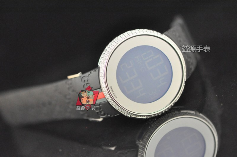 GUCCI Watch 01621 Men's All-steel Wristwatches