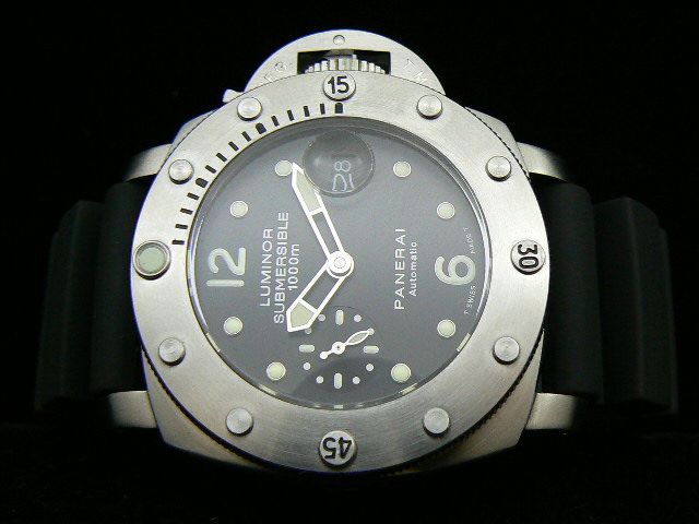 PAM 243 SUBMERSIBLE 1000 AUTO 7750