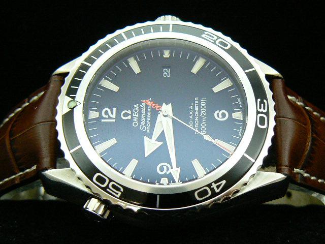 OMEGA PLANET OCEAN CASINO ROYALE 007 HAND BLACK/BROWN