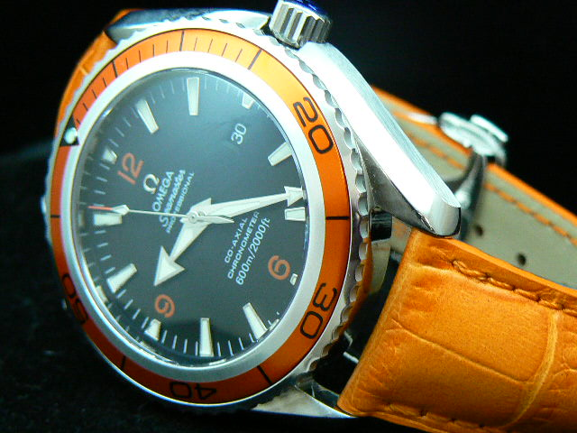 OMEGA PLANET OCEAN SWISS ETA 2824-2 45mm ORANGE / ORANG