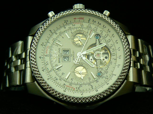 BREITLING BENTLEY MOTOR AUTOMATIC WHITE DIAL AAA
