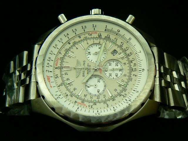 BREITLING BENTLEY MOTOR QUARTZ WHITE DIAL