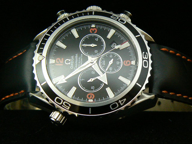 OMEGA SEAmaste r CO-AXIAL AUTOMATIC BLACK BEZEL LEATHER