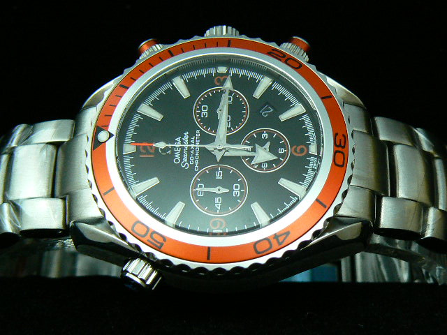 OMEGA SEAmaste r CO-AXIAL QUARTZ ORANGE BEZEL