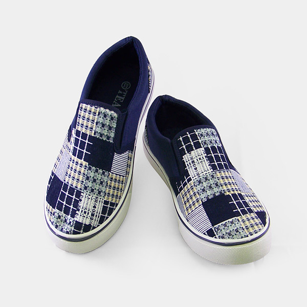 Blue Checkered Fabric Casual Shoes