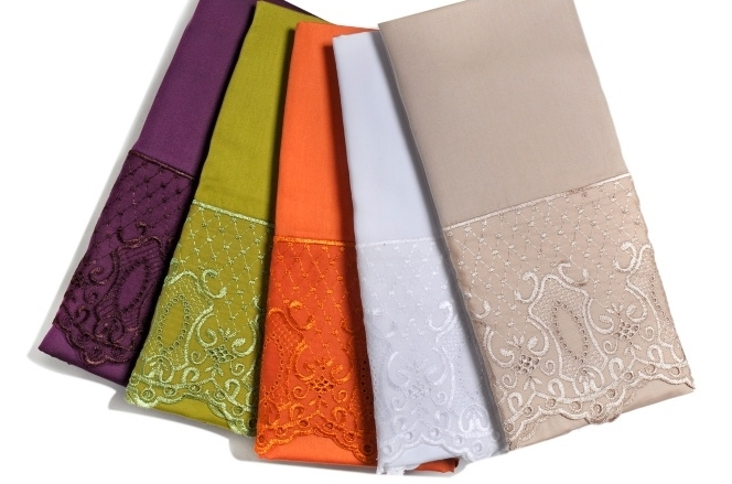Manor Corsney 400 Thread Count Lace Sheet Set